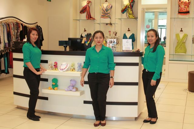 mamis staff - Mamis - Stylish Maternity Fashion