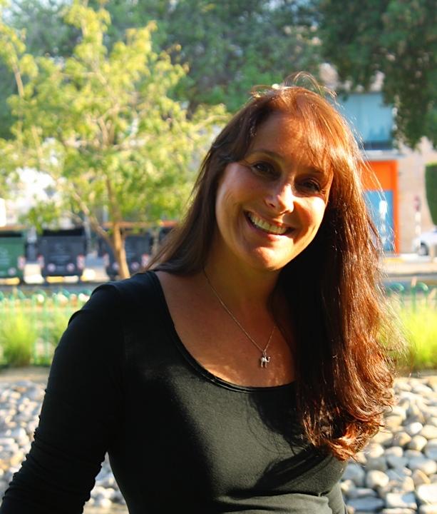 Meet Denise Schnitzer – Spotlight Lady January 2015